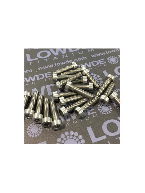 20 Items LN 29950 Mj4x16 titanio gr. 5 (6Al4V) - 20 Items LN 29950 Mj4x16 mm. titanio gr. 5 (6Al4V) AMS 4928. Fabricado bajo normativa aeroespacial. Certificados de calidad incluidos.