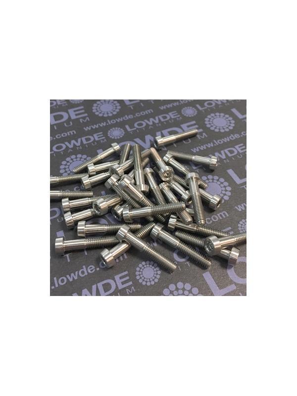 34 Screws LN 29950 M4x22 titanio gr. 5 (6Al4V) - 34 Items LN 29950MJ0412B Mj4x22 mm. titanio gr. 5 (6Al4V) AMS 4928. Fabricado bajo normativa aeroespacial. Certificados de calidad incluidos.