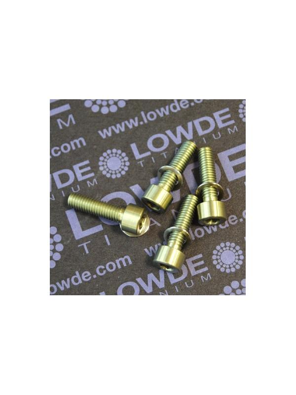 Kit 4 tornillos M5x18 DIN 912 titanio gr. 5. Anodizados oro - Kit 4 tornillos M5x18 DIN 912 titanio gr. 5 (6Al-4V). Anodizados oro