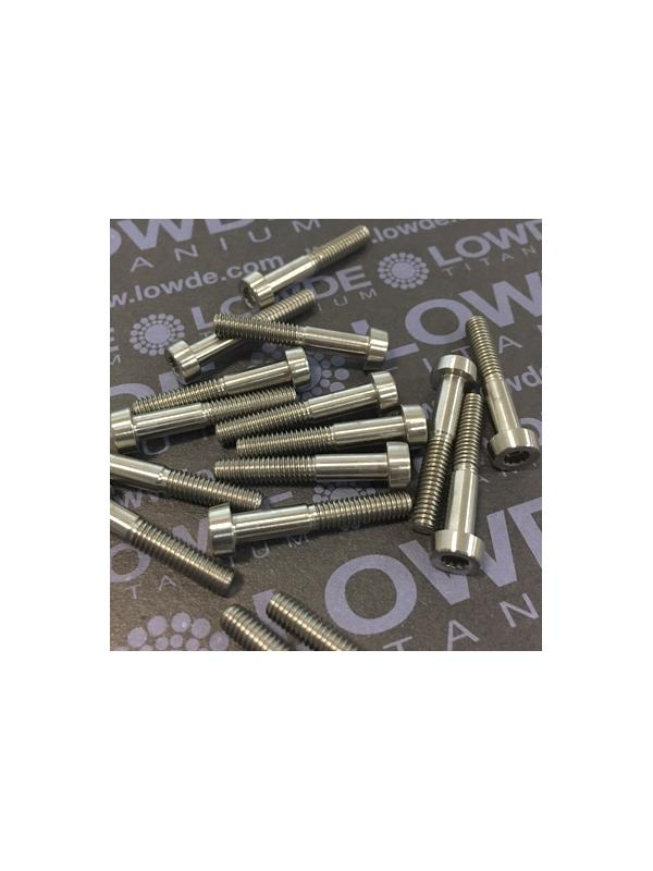 75 Items LN 29950 Mj4x24 titanio gr. 5 (6Al4V) - 75 Items LN 29950 Mj4x24 mm. titanio gr. 5 (6Al4V) AMS 4928. Fabricado bajo normativa aeroespacial. Certificados de calidad incluidos.