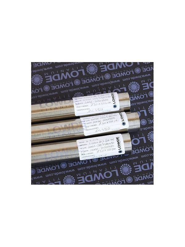 Barra Titanio gr. 5 (6Al-4V) en Ø 30 y longitud 640 mm. - Barra de Titanio gr. 5 (6Al-4V) AMS 4928 en diámetro 30 y longitud 640 mm.