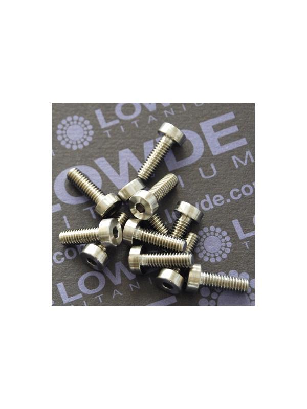 DIN 7984 M4x12 mm. de titanio gr. 5 (6Al4V) - DIN 7984 M4x12 mm. de titanio gr. 5 (6Al4V)