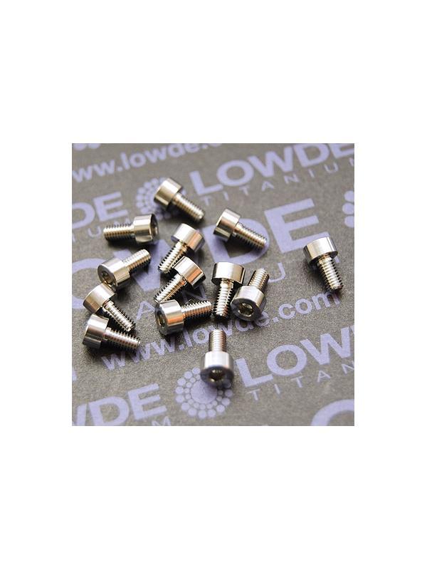 DIN 912 M3x6 titanio gr. 5 (6Al4V) - Tornillo DIN 912 M3x6 mm. de titanio gr. 5 (6Al4V)