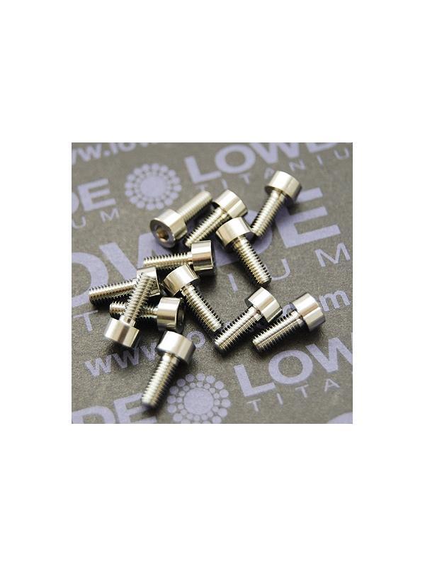 DIN 912 M3x8 titanio gr. 5 (6Al4V) - Tornillo DIN 912 M3x8 mm. de titanio gr. 5 (6Al4V)