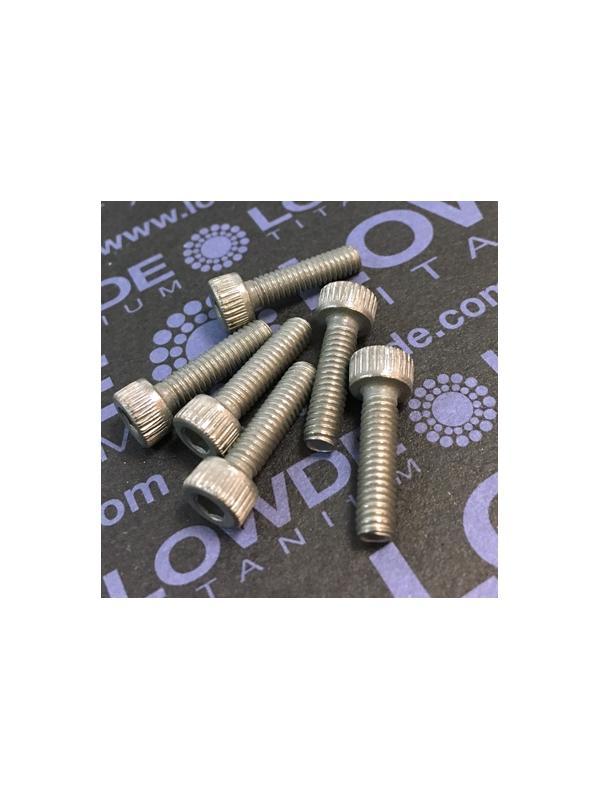 Tornillo DIN 912 M4x15 mm. de titanio gr. 2 (puro) - Tornillo DIN 912 M4x15 mm. de titanio gr. 2 (puro)