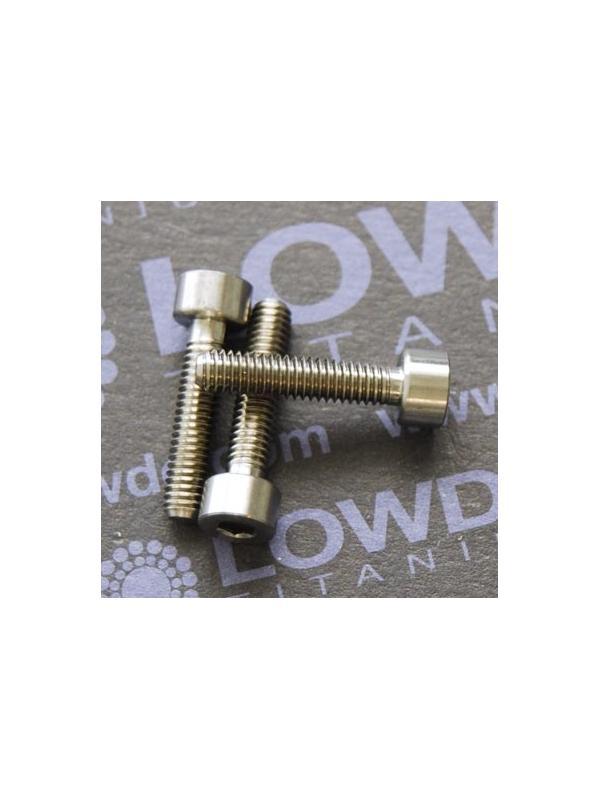 DIN 912 M4x18 titanio gr. 5 (6Al4V) - Tornillo DIN 912 M4x18 mm. de titanio gr. 5 (6Al4V)