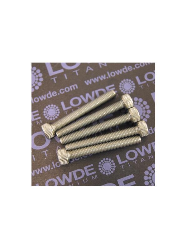 Tornillo DIN 912 M5x40 mm. de titanio gr. 2 (puro) - Tornillo DIN 912 M5x40 mm. de titanio gr. 2 (puro). Certificado calidad DIN 10204 3.1 . Control tolerancias.