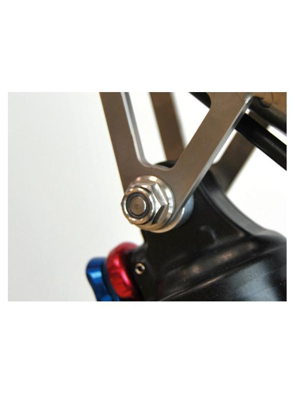 BICICLETAS. TORNILLERÍA TITANIO - BICICLETAS. Tornillería de titanio gr. 5 (6Al4V), discos de freno de aleación de titanio, ejes, piezas a medida… • Kits completos de tornillería de titanio. • Venta on line. Compra mínima: 40,00 euros. • Centros de montaje LOWDE-TITANIUM. Busca el más cercano entre nuestros más de 70 distribuidores. • Anodizamos tu kit de tornillería de Titanio.