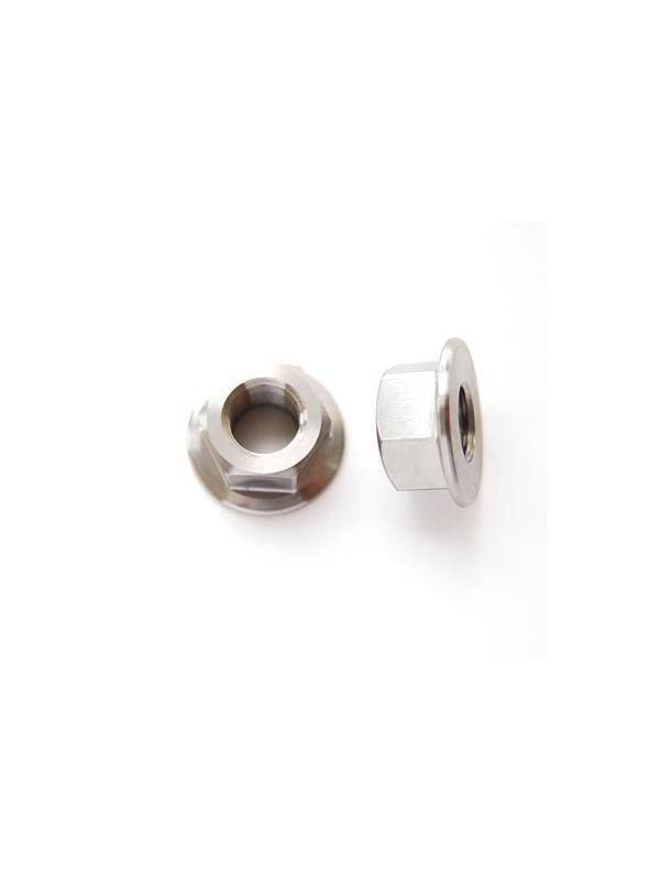 Tuerca DIN 6923 M12x1,25 de titanio gr. 5 (6Al4V). - Tuerca DIN 6923 M12x1,25 de titanio gr. 5 (6Al4V). Diámetro balona: 26 mm.