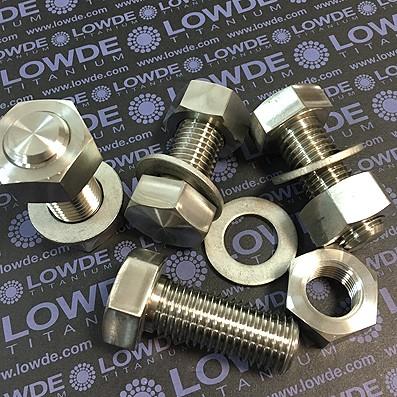 10 Tornillos DIN 933 M20x50 mm. de titanio gr. 2 (puro)