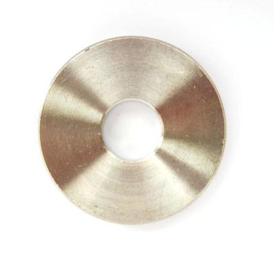Arandela/casquillo M10 de titanio gr. 2. Diámetro ext. 32 mm. Grosor 5 mm.