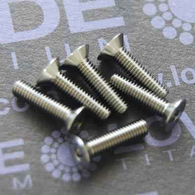 Tornillo DIN 7991 M3x12 mm. de titanio gr. 5 (6Al4V) ELI - Tornillo DIN 7991 M3x12 mm. de titanio gr. 5 (6Al4V) ELI
