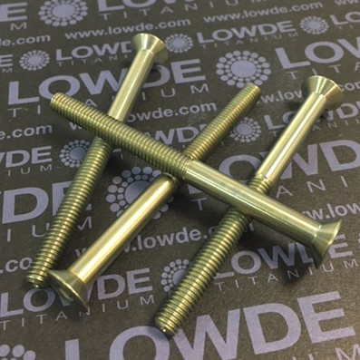 Avellanado DIN 7991 M6x75 mm. de titanio gr. 5 (6Al4V) Anodicado oro - Avellanado DIN 7991 M6x75 mm. de titanio gr. 5 (6Al4V). Longitud rosca: 40 mm. Anodizado oro.