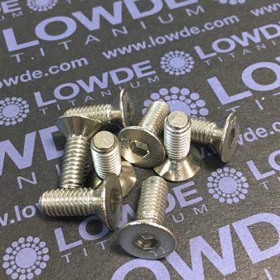 Avellanado DIN 7991 M6x16 mm. de titanio gr. 2 - Avellanado DIN 7991 M6x16 mm. de titanio gr. 2. Estampado.