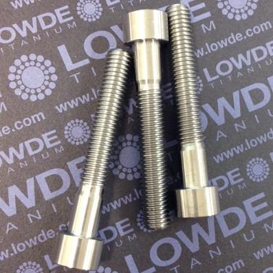 Tornillo DIN 912 M10x150x65 titanio gr. 5 (6Al4V) - Tornillo DIN 912 M10x150x65 titanio gr. 5 (6Al4V) Longitud roscada: 50 mm.