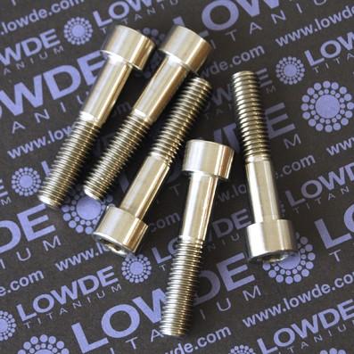 Tornillo DIN 912 M10x50 mm. de titanio gr. 2 (puro)
