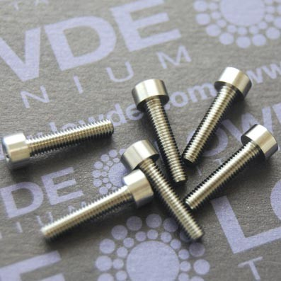 Tornillo DIN 912 M3x14 mm. de TITANIO gr. 5 (6Al4V) - Tornillo DIN 912 M3x14 mm. de titanio gr. 5 (6Al4V)