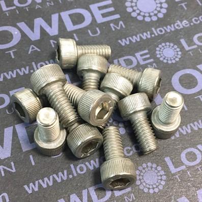 Tornillo DIN 912 M6x12 mm. de titanio gr. 2 (puro) - Tornillo DIN 912 M6x12 mm. de titanio gr. 2 (puro)