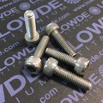 Tornillo DIN 912 M6x20 mm. de titanio gr. 2 (puro) - Tornillo DIN 912 M6x20 mm. de titanio gr. 2 (puro)