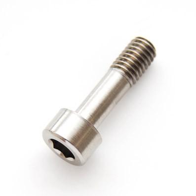 DIN 912 M6x22 titanio gr. 5 (6Al4V) roscado 10 mm. - 1 Tornillo DIN 912 M6x22 mm. de titanio gr. 5 (6Al4V). Roscado 10 mm.