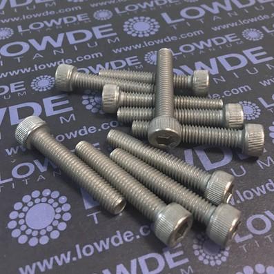 Tornillo DIN 912 M6x35 mm. de titanio gr. 2 (puro) - Tornillo DIN 912 M6x35 mm. de titanio gr. 2 (puro)