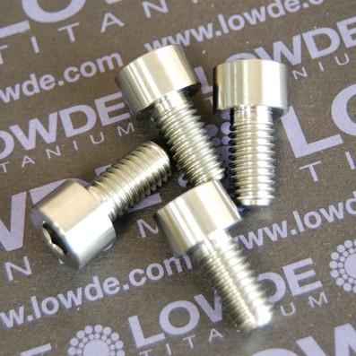 DIN 912 M8x16 titanio gr. 5 (6Al4V) - Tornillo DIN 912 M8x16 mm. de titanio gr. 5 (6Al4V)