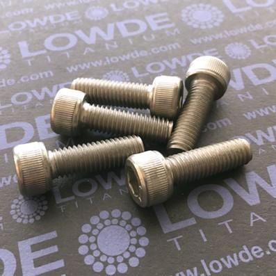 Tornillo DIN 912 M8x25 mm. de titanio gr. 2 (puro)