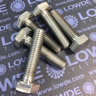 Tornillo DIN 933 M10x40 mm. de titanio gr. 2 (puro)