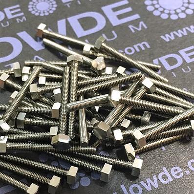 DIN 933 M2x20 mm. de titanio gr. 5 (6Al4V) - DIN 933 M2x20 mm. de titanio gr. 5 (6Al4V)