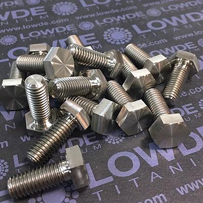 Tornillo DIN 933 M8x20 mm. de titanio gr. 2 (puro) Mecanizado/Laminado - Tornillo DIN 933 M8x20 mm. de titanio gr. 2 (puro). Mecanizado.