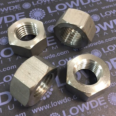 Tuerca DIN 934 M20 de titanio gr. 2 (puro) - Tuerca DIN 934 M20 de titanio gr. 2 (puro)