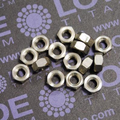 Tuerca DIN 934 M5 de titanio gr. 2 (puro) - Tuerca DIN 934 M5 de titanio gr. 2 (puro)