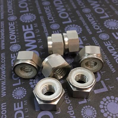 Tuerca DIN 982 M10x1,50 autoblocante de titanio gr. 2 - Tuerca DIN 982 M10x1,50 autoblocante de titanio gr. 2