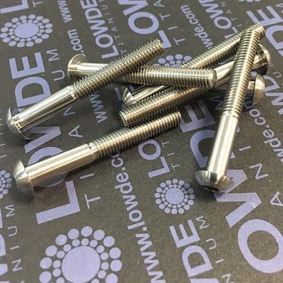 Boton ISO 7380 M5x40 mm. de titanio gr. 5 (6Al4V).