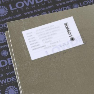 Plancha TITANIO gr. 1 ASTM B265. Tamaño: 1.000x1.000x0,8 mm.