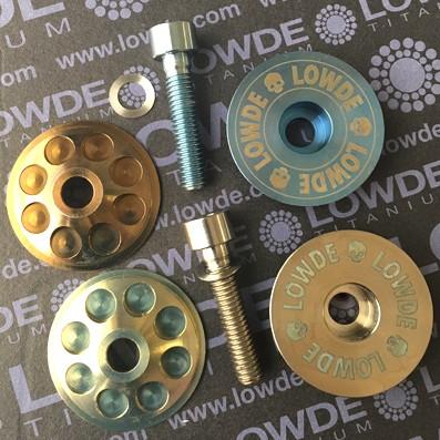 Tapa potencia Ø32 Titanio grado 5 (6Al-4V). Incluye DIN 912 M6x28 mm. - Tapa potencia Ø32 mm. de Titanio grado 5 (6Al-4V). Incluye DIN 912 M6x28 mm.