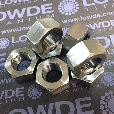 Tuerca DIN 934 M12x1,00 (paso fino) de titanio gr. 5 (6Al4V).