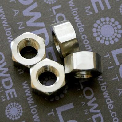 Tuerca DIN 934 M12x1,75 de titanio gr. 5 (6Al4V).