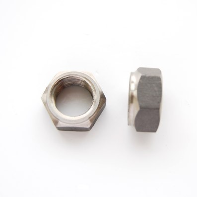 Tuerca DIN 934 M14x1,50 de titanio gr. 2