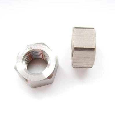 Tuerca DIN 934 M18x2,50 de titanio gr. 5 (6Al4V)