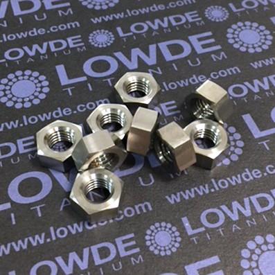 Tuerca DIN 934 M8 de titanio gr. 5 (6Al4V)