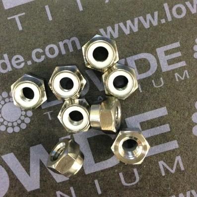 Tuerca DIN 985 M4 autoblocante de titanio gr. 5 (6Al4V) - Tuerca DIN 985 M4 autoblocante de titanio gr. 5 (6Al4V)